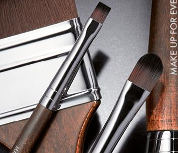MAKE UP FOR EVER Lip Brushes