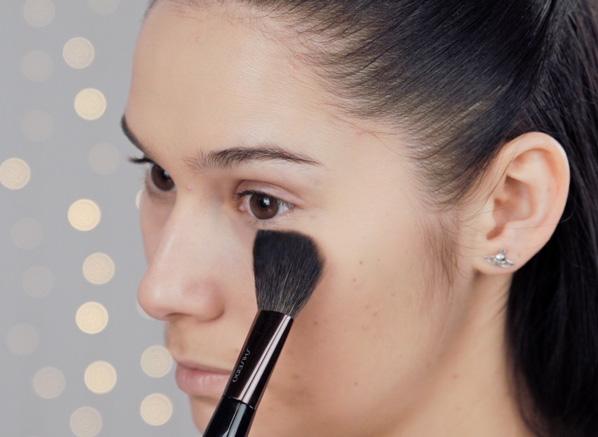 Escentual Romantic Glow Makeup Tutorial